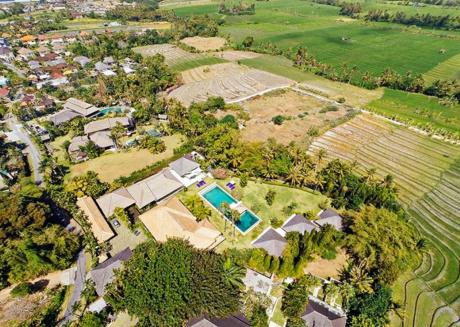 Imagine Renting Your Own 5 Star Villa in Bali, Sleeps 14, Bali Villa 1019