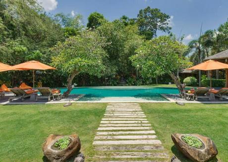 Imagine Renting Your Own 5 Star Villa in Bali, Sleeps 8, Bali Villa 1069