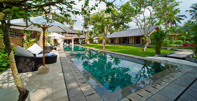 Rent Your Dream Villa in One of Ubud most Exclu... Slide-1