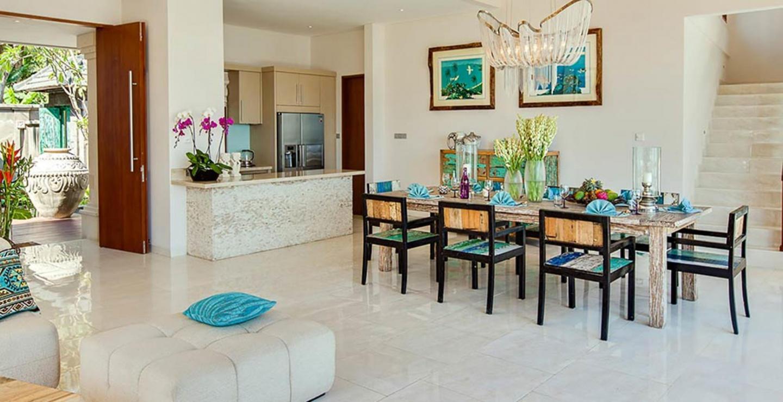 Beautiful 5 Star Villa in a Prime Location in C... Slide-3