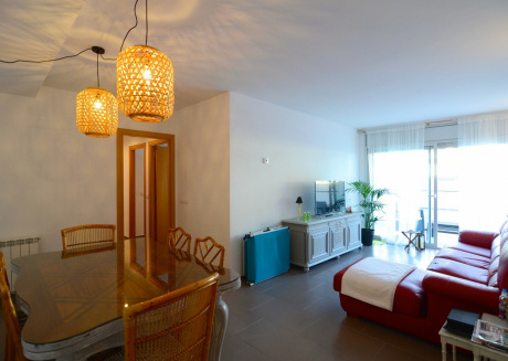 Cozy apartment in Torroella de Montgrí with Lift, Washing machine, Pool, Terrace