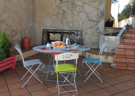 Cozy apartment close to the center of Pineda de Mar with Parking, Internet, Washing machine, Terrace