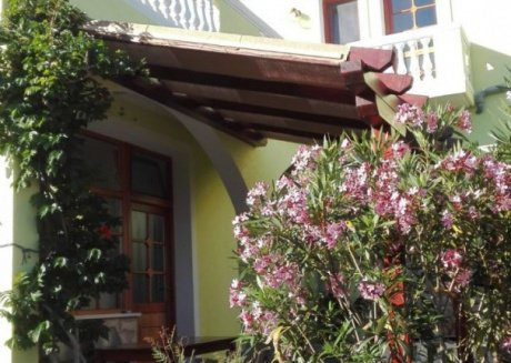 Cozy apartment in the center of Veli Rat with Parking, Internet, Balcony, Terrace
