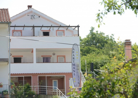 Cozy apartment in the center of Sveti Vid-Miholjice with Parking, Internet, Air conditioning