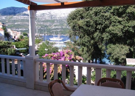 Cozy apartment in the center of Korčula with Parking, Internet, Washing machine, Air conditioning
