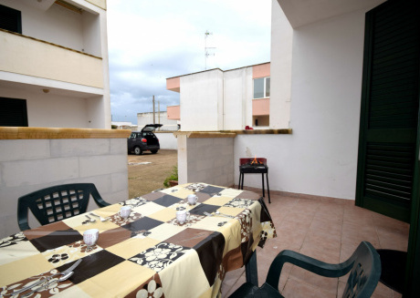 Cozy apartment in the center of San Foca with Parking, Washing machine, Terrace