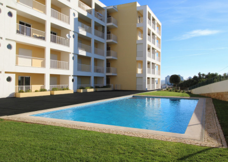 Cozy apartment very close to the centre of Portimão with Lift, Parking, Internet, Washing machine
