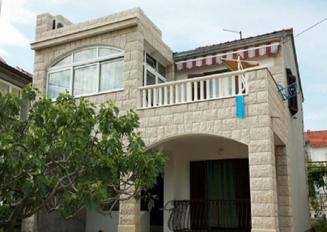 Cozy apartment in the center of Supetar with Parking, Internet, Air conditioning, Balcony