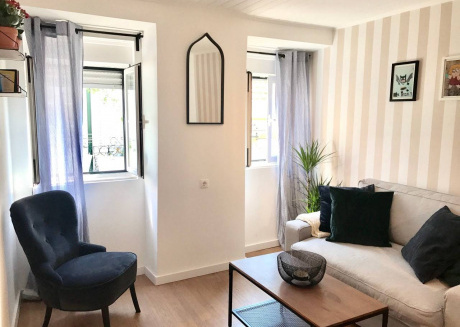 Cozy apartment very close to the centre of Lisbon with Internet, Washing machine, Air conditioning