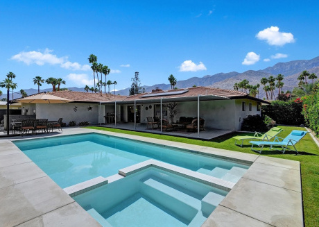 Cozy house in Palm Springs with Internet