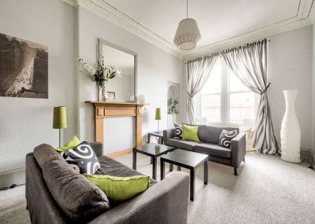 Cozy apartment very close to the centre of Edinburgh with Parking, Internet, Washing machine