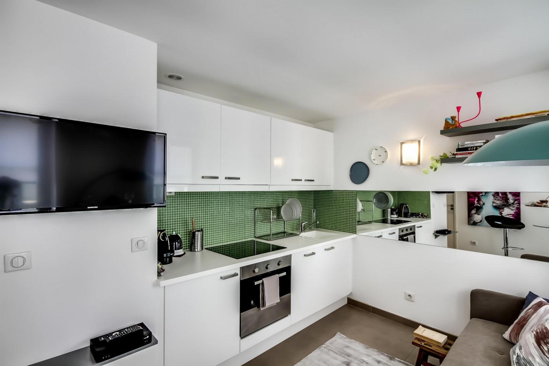 Cozy apartment close to the center of Paris wit... Slide-3