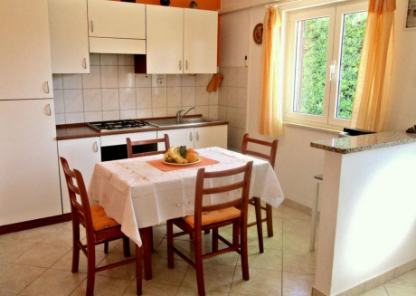 Cozy apartment in the center of Hvar with Parking, Internet, Balcony, Terrace