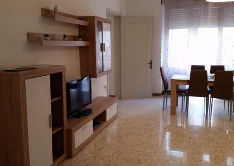Spacious apartment in the center of Galatone with Internet, Washing machine, Air conditioning, Balcony