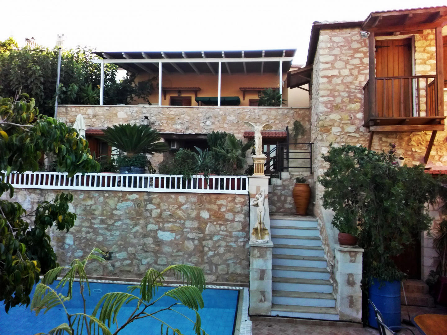 Spacious house in Chania with Internet, Balcony... Slide-1