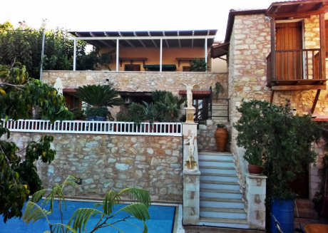 Spacious house in Chania with Internet, Balcony, Terrace