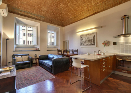 Spacious apartment in the center of Florence with Internet, Washing machine, Balcony