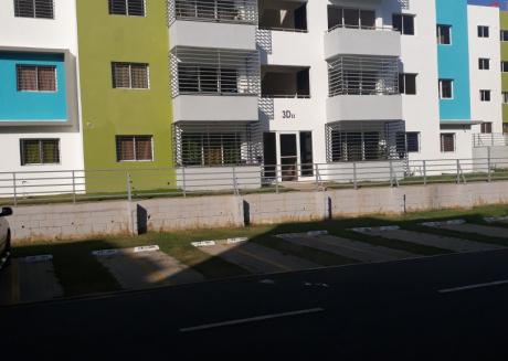 Spacious apartment in Santiago De Los Caballeros with Internet, Washing machine, Balcony, Garden
