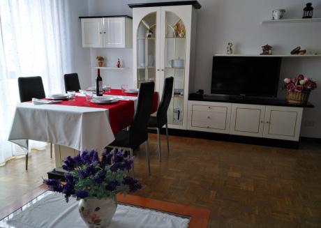 Spacious apartment in Villaviciosa with Lift, Internet, Washing machine