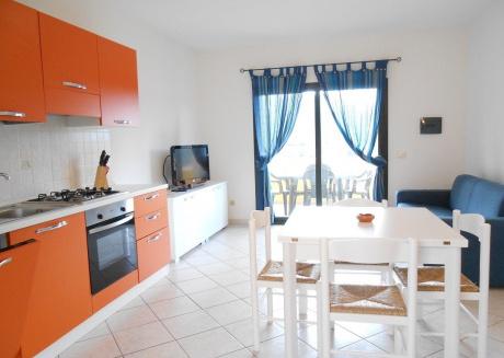 Cozy house in Malamury with Internet, Washing machine, Balcony, Garden