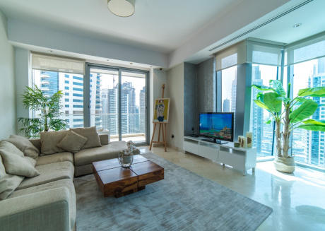 Luxury 2BR on the Beach in heart of the Marina