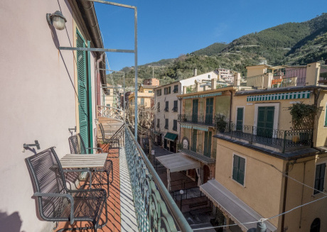 Spacious apartment in the center of Monterosso al Mare with Air conditioning, Terrace