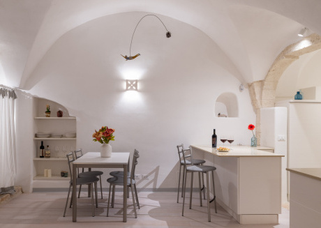 Stone apartment with Terrace by Wonderful Italy