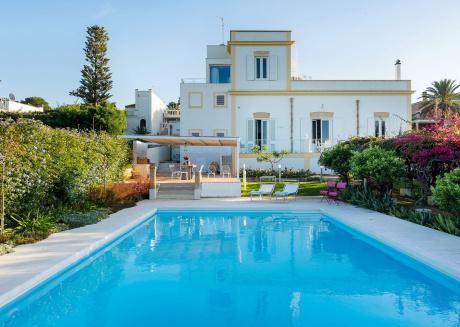 Cozy villa in Marsala with Parking, Internet, Washing machine, Air conditioning