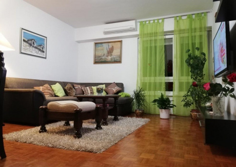 Spacious apartment in the center of Split with Internet, Washing machine, Air conditioning, Balcony
