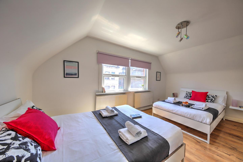 30.1B 1 Bedroom Apartment Slide-1