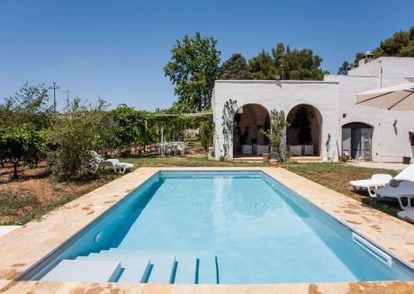 Tipica villa di campagna con piscina privata m313