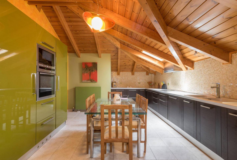 'Gipsolithos Apartment' close to Zante Town Slide-2