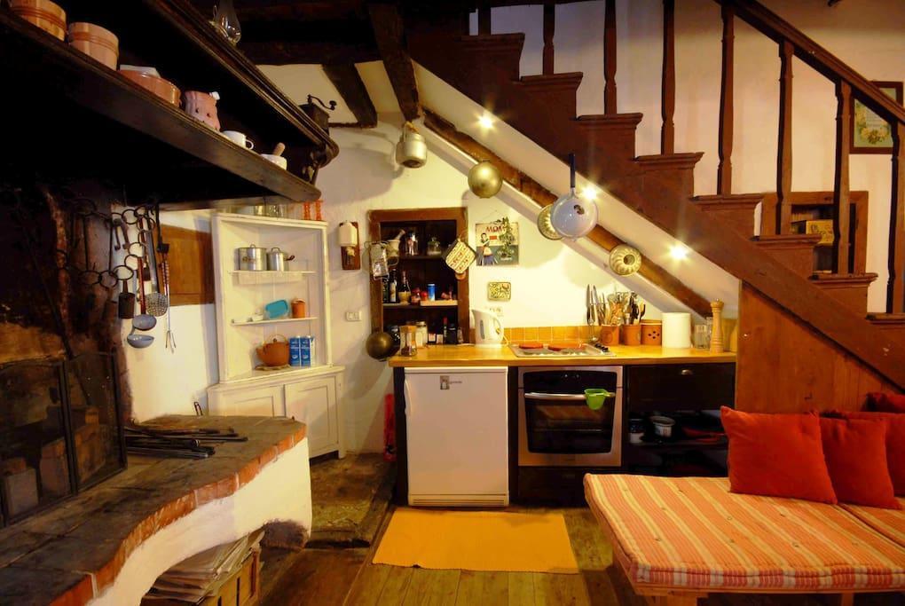 Rustic house Daska Slide-1