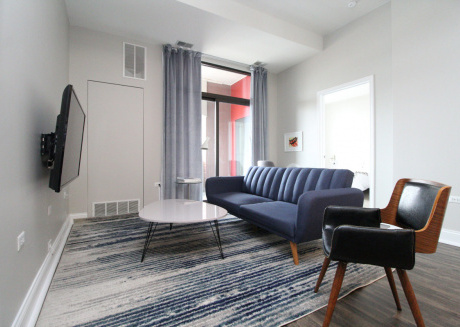 South Loop Luxury 2BR Suite No.1