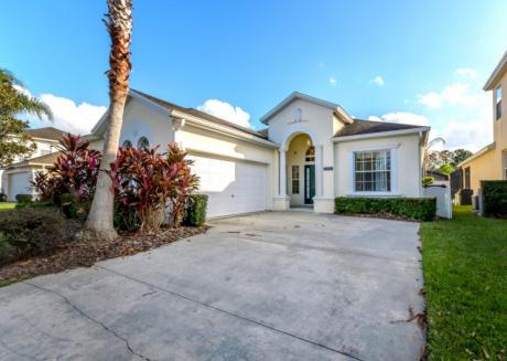 Rent Your Dream Holiday Villa close to Disney World, Calabay Parc at Tower Lake Resort, Orlando Villa 2773