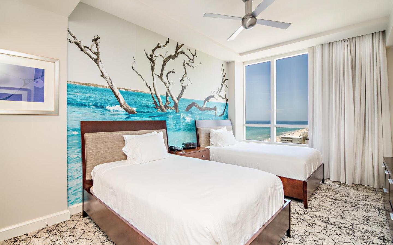 Ocean view 2 bedroom condo #911 Slide-2