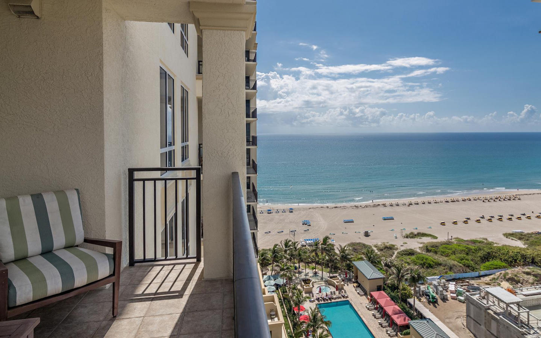 Ocean view 2 bedroom condo #912 Slide-3