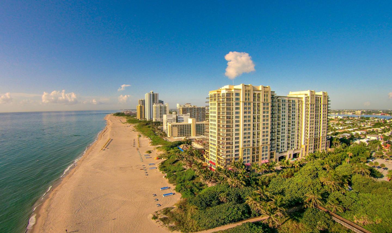 Ocean view 2 bedroom condo #911 Slide-1