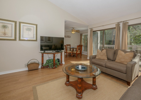 Sea Pines Lighthouse Tennis Villa, 1 Bed 1 Bath, Pool Views, Free Bikes