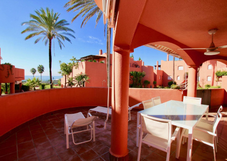 Alvarito  Beach - 3BR Garden Apartment 200 meters to the Beach