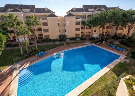 Elviria Playa - Stunning 4BR Penthouse in 150 m to The Beach