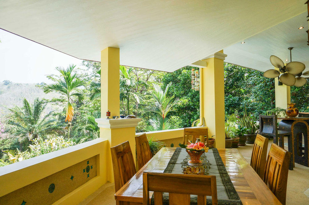 villa sawadee with swiming pool in tropical garden Slide-4