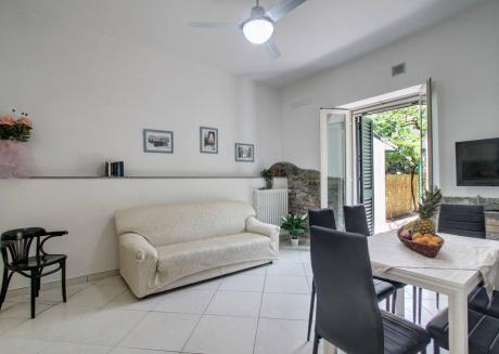 Elegant Apartment Close To Piazza Leopoldo