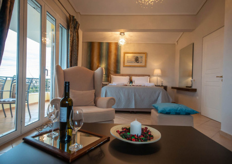 Daphne's elegant apartment with an amazing sea view of the Aegean Sea!