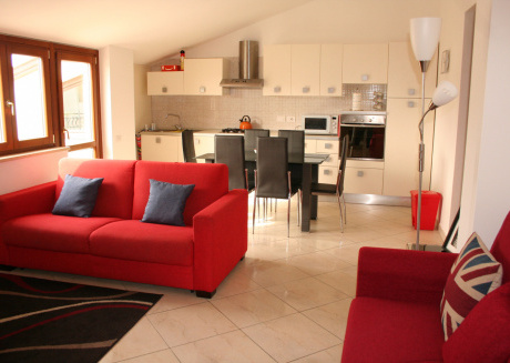 Holiday Apartment 2 bed 1 Bath within 300m of the beach D10