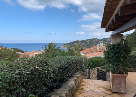 6-bed apartment in Baia Sardinia
