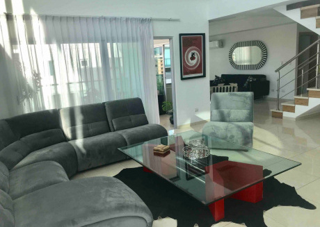 Beautiful, Modern 2 Bedrooms In The City