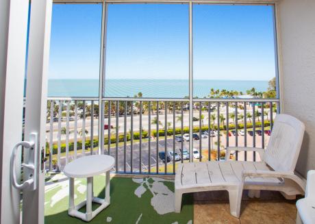 Bonita Beach & Tennis 2806 wkly