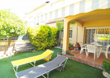 OS HomeHolidaysRentals Loewe-Costa Barcelona