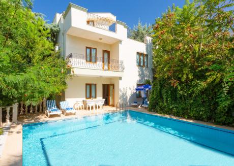 Villa Limyros